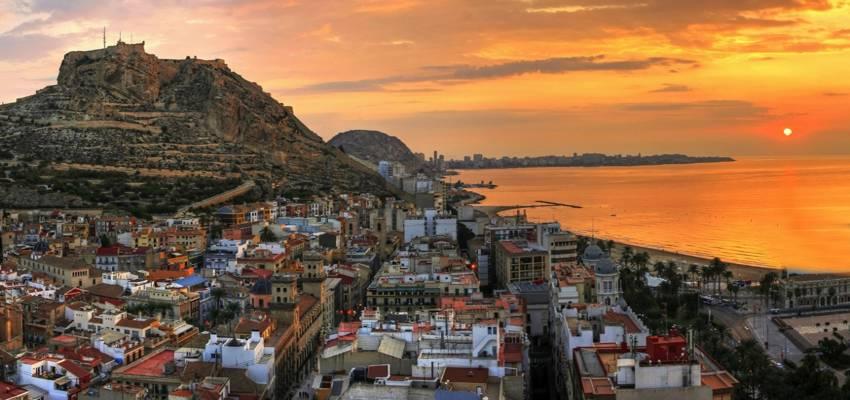 Navegar por la Costa Valenciana