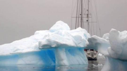Navegar por la Antártida