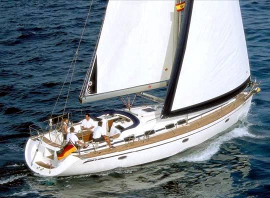 Alquilar un Bavaria 46 en Ibiza