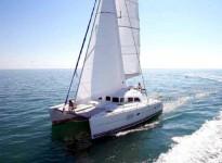 Alquilar un Lagoon 380 en Ibiza