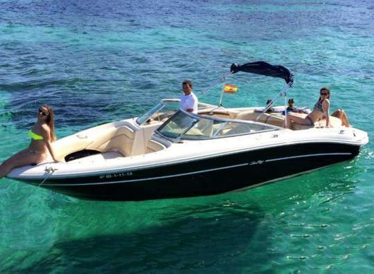 Alquilar una searay en Ibiza
