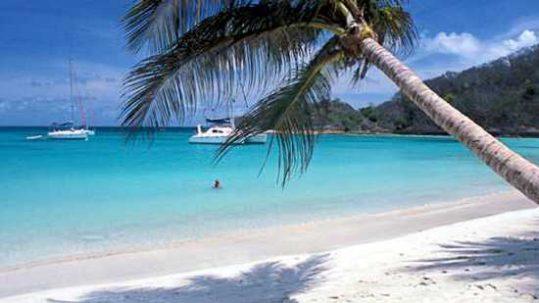 Navegar a Vela por el Caribe