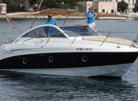 Alquilar un Monte Carlo 27 en Menorca