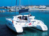 Alquilar un catamaran en Alicante